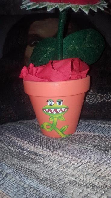 *PAID* Homemade VFT Pot with Giant VFT (2) (carolatcj )-12992938_10209160646915995_977537876_n-jpg